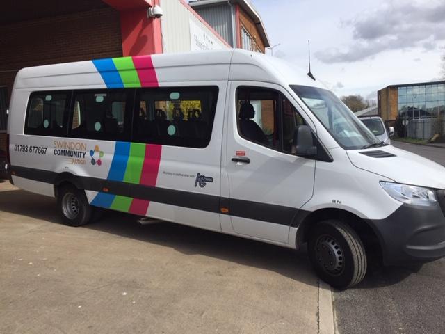 mini bus graphic design and printing in swindon